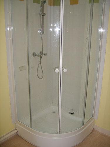 Salle de douches – Présence Habitat Rénovation – Rénovation tous corps d'état Le Havre